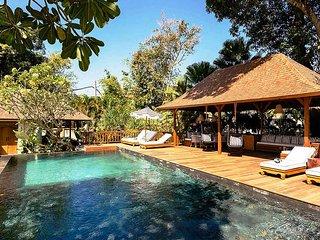 Garden & Pool View - MVO62