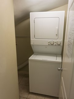 Utility room with washer/dryer