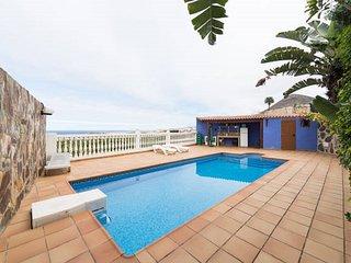 Villa Tonelero Galdar Piscina, Mar y ciudad tranquila.