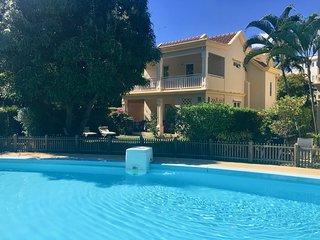 FLIC EN FLAC : Villa bord de mer & piscine (23) / Beach front house w/ pool