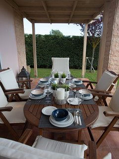 Enjoy the dinner with your family in a quiet and relaxed enviroment