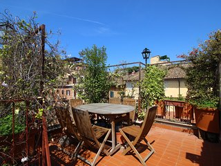 Trastevere Terrace Apartment S&AR