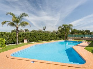 3 bedroom Villa in Guia, Faro, Portugal : ref 5607791