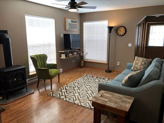 Clean and Convenient Spearfish Townhome
