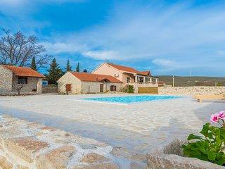 Dalmatian stone house Irena, Zadar county