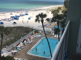 $$ AUGUST/ FALL SPECIALS DIRECT OCEAN FRONT 3B 2TWO BATHROOM CONDOMINIUM