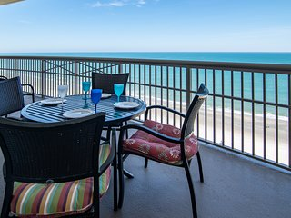 5 Star All the Way! Oceanfront Luxury. Bonus Sitting Room. Dual Master w/ Kings.