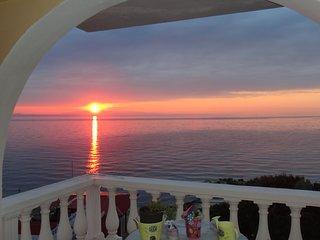 Luxury Sea Suite