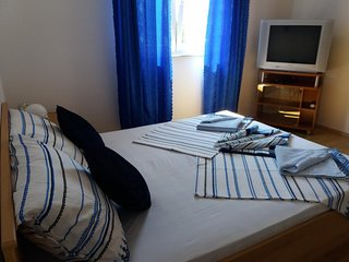 Two bedroom apartment Viganj, Peljesac (A-13241-c)