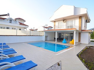 New Age Villa Atlantis 3 bedroom with private pool