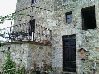 Casa del Nibbio all'interno del parco fluviale del Tevere