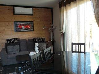 Villa 6 couchages neuve luxe 300 m des plages