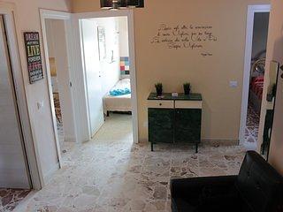Camera Tripla comunicante con camera Matrimoniale