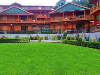 Daffodil Cottages, Manali - Luxury Bedroom 1