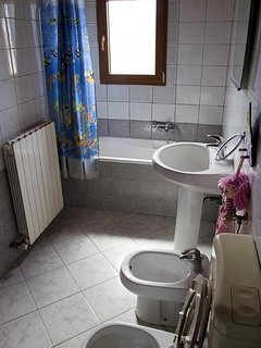 Bathroom 1, Surface: 6 m²