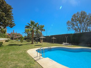2073 - one bed apartment, Locrimar, near Puerto Banus, Nueva Andalucia