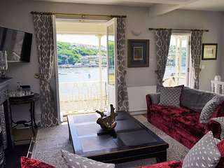 Victorian Villa on Fowey Esplanade with River View