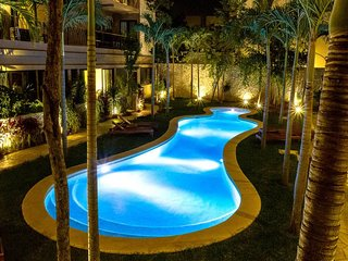 Lovely 3 BDR Condo for 8 Sleeps, Balcony, Jungle view! KiTulum101