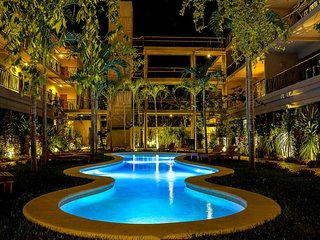 Joy & Summer Lovely 3Bdr Condo for 8 Sleeps +Balcony+JungleView!