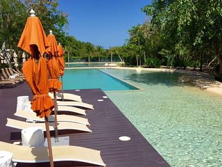 Amazing Pool, Golf Course, SPA & GYM beach club 2sleeps