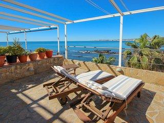 Two bedroom apartment overlooking Torremuelle beach
