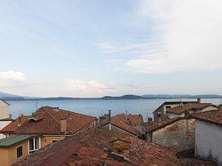 Accogliente appartamento vista lago