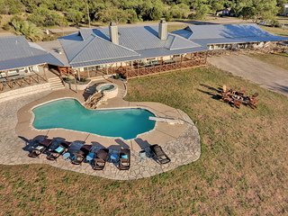 The Estate on Lake Travis - A 10 Acre Waterfront Escape for Groups