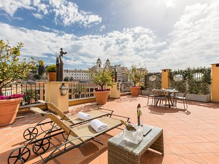 Spanish Steps Honeymoon Apartment