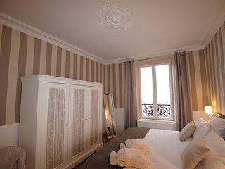 T2 proche du centre l très grand lit haut de gamme l balcon l décoration soignée