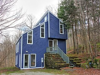 Moose Lodge - Three bedroom plus loft Private home