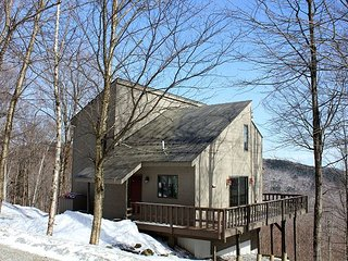 Frosty's - 3 Bedroom Plus Loft Private Home - Walk To The Home Stretch Trail!