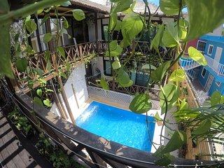 Alicat Villas - Entire 4 Villa Eco Complex with Beautiful 6 meter Pool!