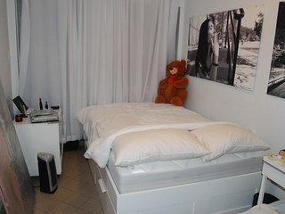 Room at Times Square NYC midtown hell's kitchen area CENTRAL PARK 5 min walk