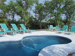 Private Pool & Lagoon Front! Sleeps 30! Call or book online today!!!
