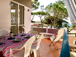 Casa Falcone central 5 beds, 3 bedrooms, 2 baths, 200mt from White Beach