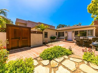 25% OFF AUG - Charming La Jolla Shores Home, Steps to Beach, Shops & More
