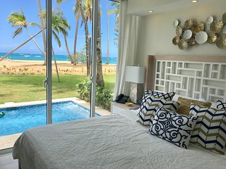 Brand New Luxury Beachfront Condo w/ Private Oceanfront Jacuzzi