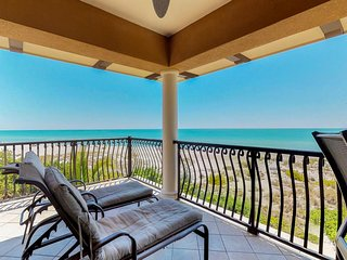 NEW LISTING! Luxury beachfront penthouse w/ Gulf views, balcony, & shared pool