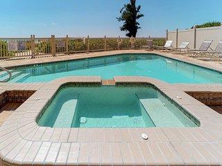 NEW LISTING! Luxury beachfront penthouse w/ Gulf views, balcony, & shared pool