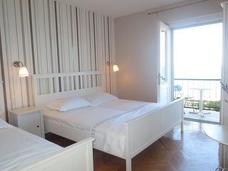 Four bedroom apartment Podgora, Makarska (A-12465-b)