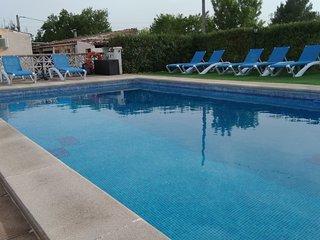 Can Tomeu,casa campo  con piscina y Wi-fi para 7 personas