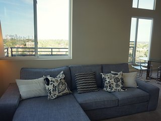 Penthouse, Resort Style living-2BR/2BA