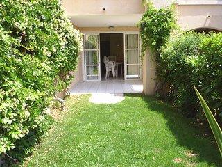 Cap Esterel Village -studio rez de jardin  J2 - 78la