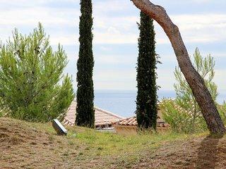 CAP ESTEREL VILLAGE : 2 Pieces rez de jardin renove C6- 277la