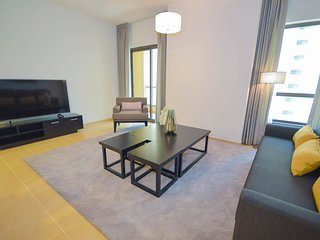 Spacious & Elegantly Furnished 1 Bed Apartment
