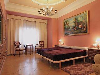 Cozy apartment in Valencia center