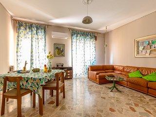 Divisi Vintage Apartment at La Kalsa