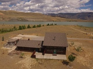 Buffalo Bill Reservoir Apartment
