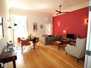 NEW: Inglesinhos - Fantastic 1 bedroom apartment in the Center
