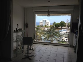 Nice apartment on the port